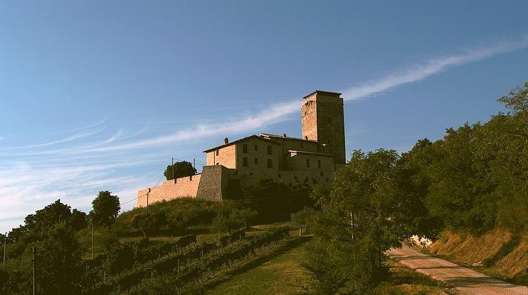Castel del Poggio Valtopina