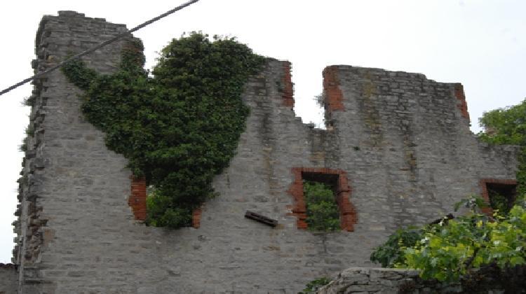 Castello di Castel di Fiori
