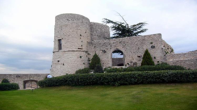Rocca di Polino