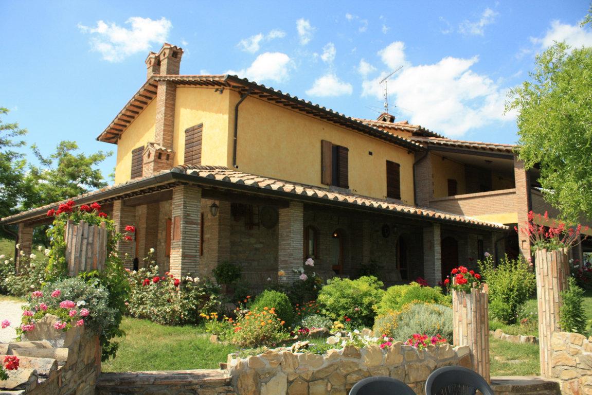 Perfect colori per casa esterno tiarchcom pittura pareti - Esterno casa colore ...