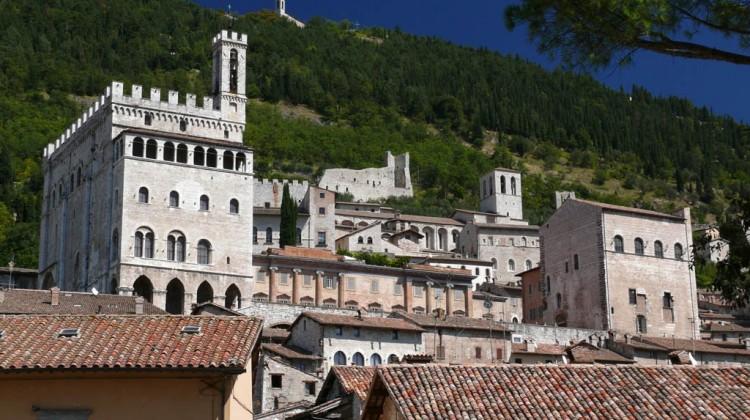 Gubbio_Palazzo_dei_Consoli_z02